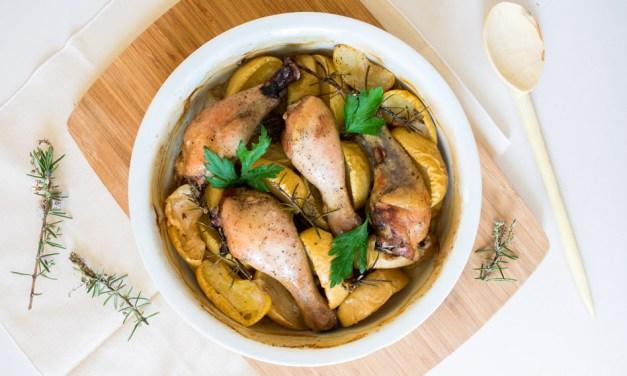 Pollo con manzanas caramelizadas al horno