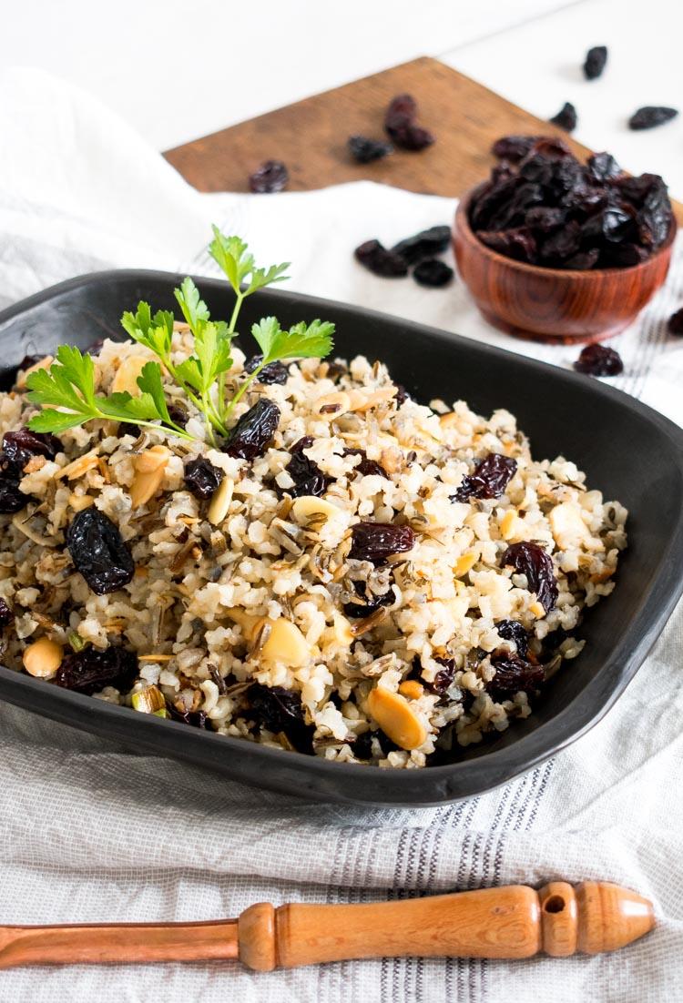 Receta de arroz aromático con pasitas de california