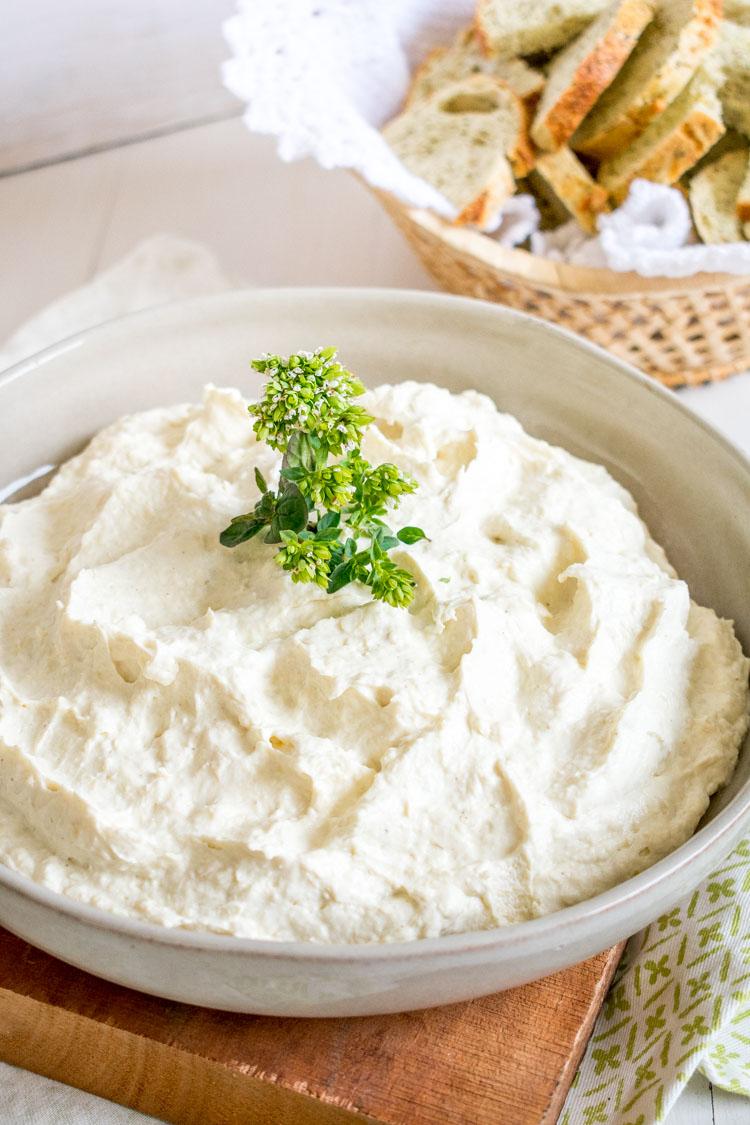 receta de mousse de alcachofa y queso parmesano