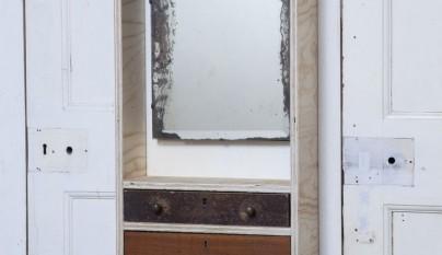 Muebles hechos con cajones reciclados revista muebles - Recibidores originales reciclados ...