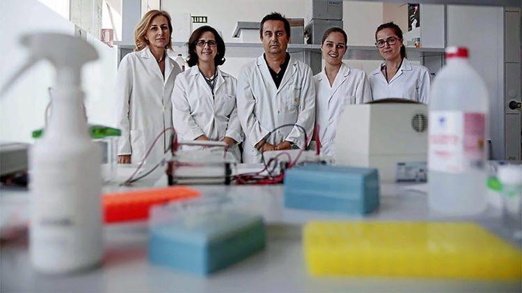 cientificos-universidad-granada