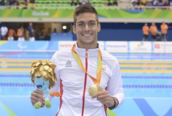 Israel Oliver medalla de oro combinada SM11 en 200m