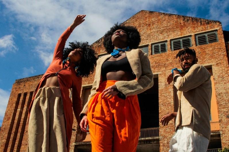 Mais imagens da coleção de moda assinada por Gabi Monteiro.