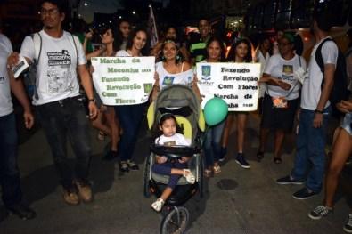 Foto: Mães com filhos portadores de doenças crônicas participaram da marcha em favor do uso medicinal da cannabis. (Jonatan Oliveira/OGrito!)