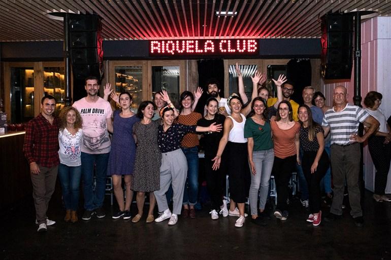 -Os encontros para bailar swing no Riquela son abertos ao público. Foto: Iván Barreiro