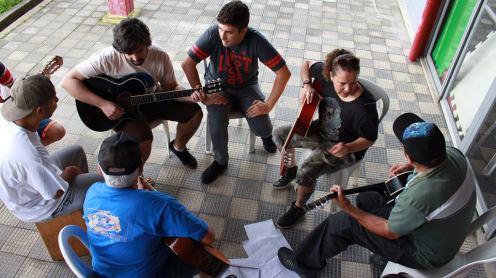 sarau-gratuito-reune-diferentes-estilos-musicais-na-zona-norte-de-sao-paulo