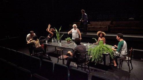 por-que-nao-vivemos-da-companhia-brasileira-de-teatro-estreia-no-ccbb-rio-na-quarta-dia-3-de-julho-02