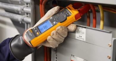 Fluke lança alicate amperímetro com iFlex