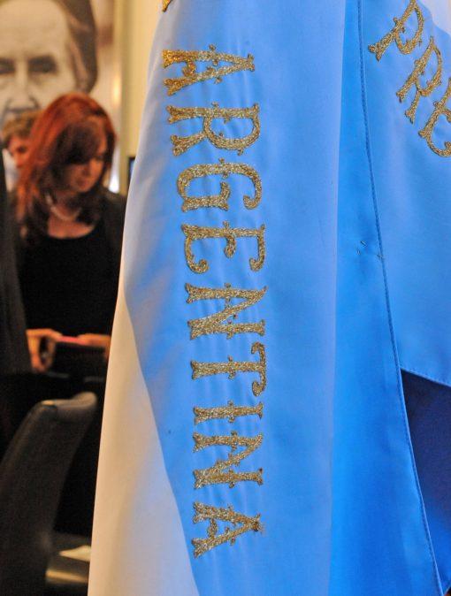 La_presidenta_Cristina_Fernández_de_Kirchner_envió_un_congreso_de_expropiación_del_51%_ddddde_YPF_S.A.