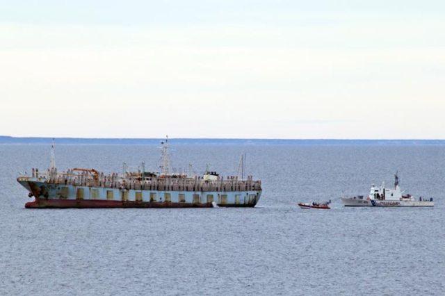Revista Puerto - Endurecen multas a la pesca ilegal - 02