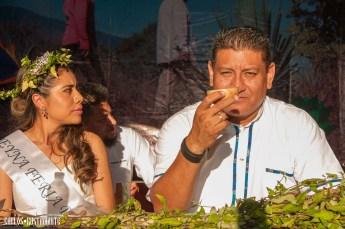 La reyna de Sola y Robert Reyes