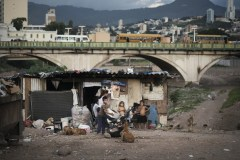 Sobrevivientes urbanos. Kadir Van Lohuizen/Noor. Tegucigalpa