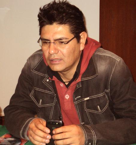 Alejandro Almazán. Foto © www.elcirculorojo.com.mx