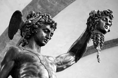 Perseo (detalle), de Cellini.