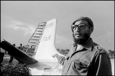 Fidel Castro en Playa Girón, 1961.