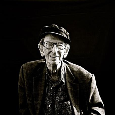 Hobsbawm a los 94 años, en 2011. Foto © Gaby Wood.