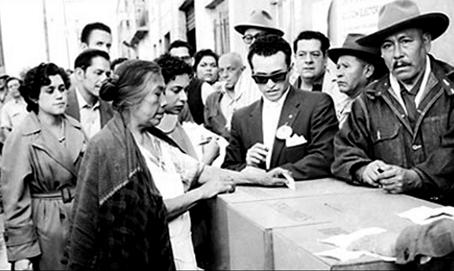 En 1952 se instituye el voto para la mujer en México.