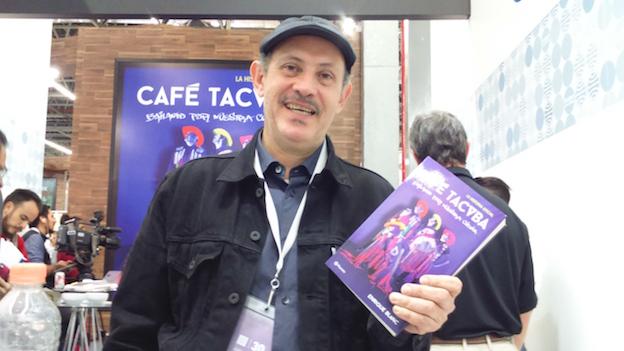 Mr. Blanc y su nuevo libro.