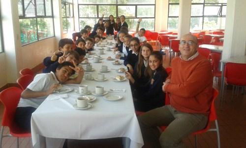 El grupo de 6° A de Educación Primaria con su tutor Federico Torrecillas