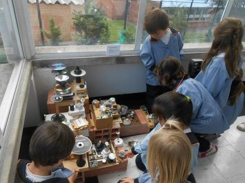 Tomando ideas para nuestras obras de desecho y reciclaje.