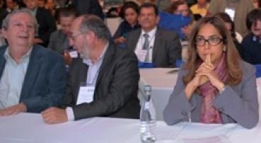 Francisco Cajiao, asesor educativo, Alejandro Álvarez, director del IPN y la ministra de Educación colombiana Gina Parody.