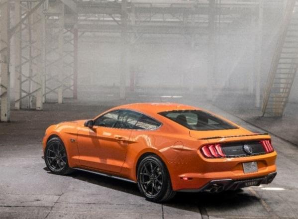 Ford Mustang 55 aniversario_2.jpg