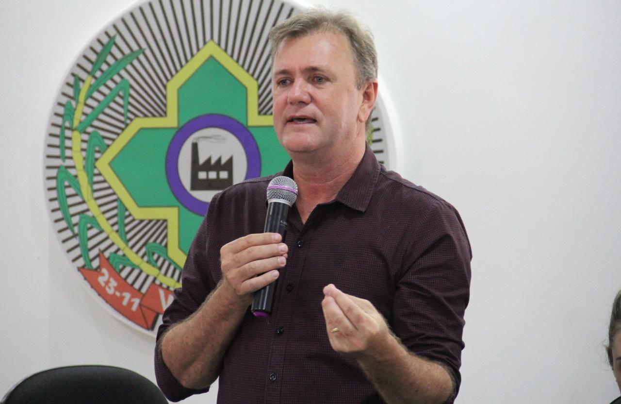Escritórios da Emater recebem veículos garantidos por emenda de Luizinho Goebel