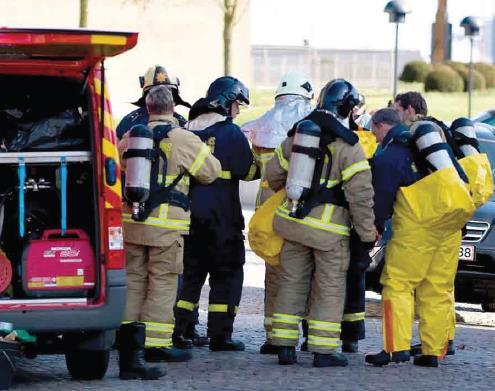 Cuadrilla de rescate contra los materiales peligrosos