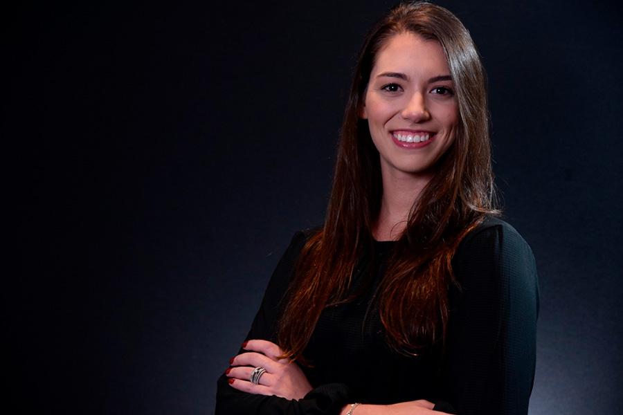 Rachel Rodrigues foi estagiária na Aliansce Sonae - Revista Shopping Centers