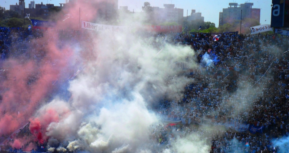 Hinchada Club Nacional Football