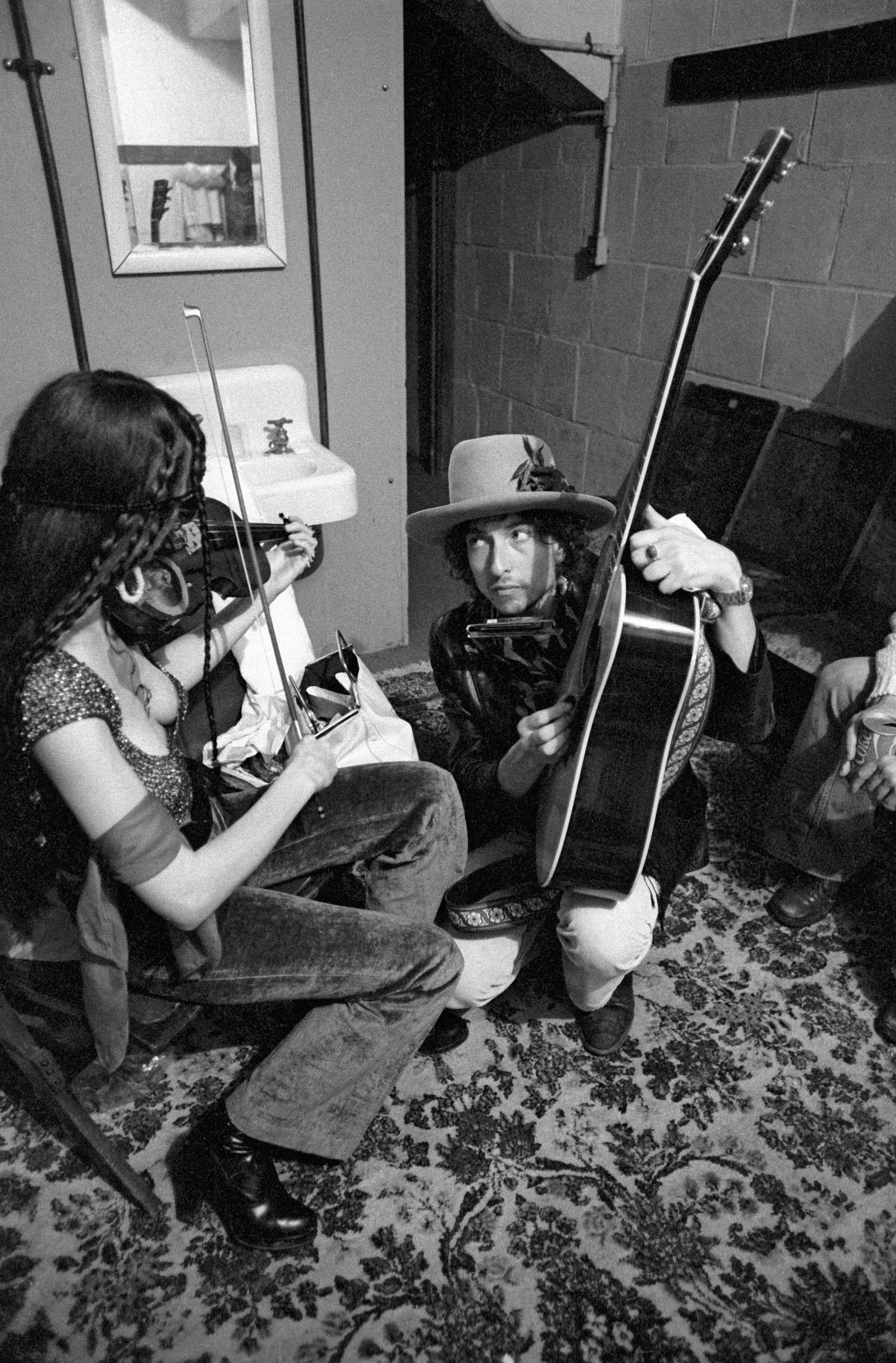 Scarlet Rivera Bob Dylan 1975