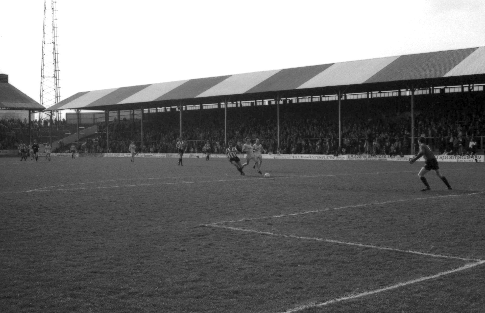 Griffin Park partido 1982