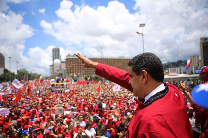 Venezuela-Nicolas-Maduro-manifestacion-AFP_LNCIMA20160901_0126_1-1024x683