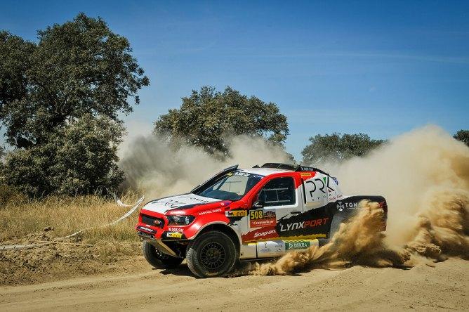 Pedro Dias da Silva e José Janela por pouco não surpreenderam João Ramos e Victor Jesus; a Ford Ranger ficou a um segundo...