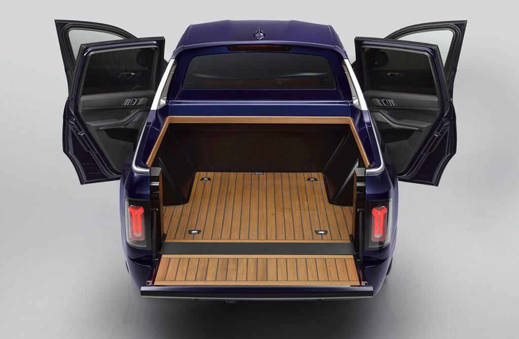 BMW X7 Pick-up com caixa aberta