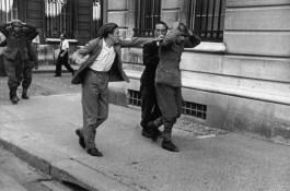 París, 1944. La ira de un civil francés hacia un soldado alemán. Magnum Photos.