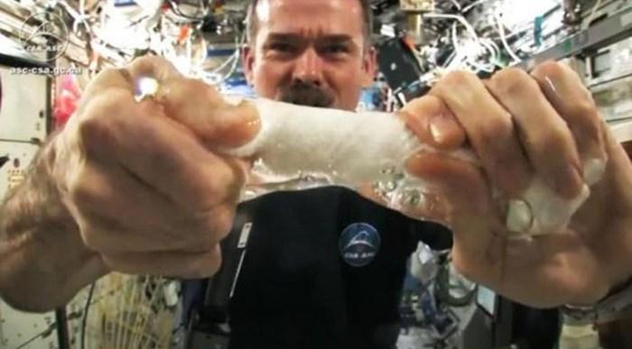 ¿Cómo se vive en el espacio?