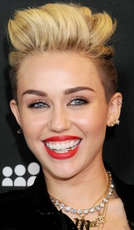 Bling Dental o Moda Grill - Miley Cyrus