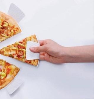 Soporte para no mancharte con la Pizza.