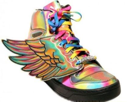 Jeremy Scott - Adidas con Alas tornasoladas