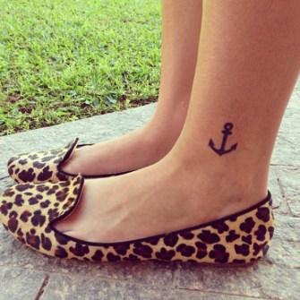 Mini Tatuajes en el Tobillo