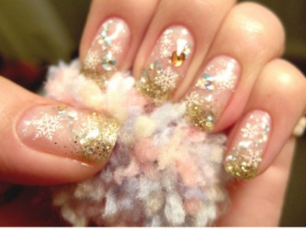 Ideas para Decorar Uñas en Navidad - Uñas de fantasía en dorado glitter