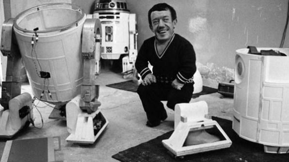 Fotos inéditas de Star Wars - El actor que interpretaba a R2D2