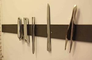 Trucos Caseros - Cómo guardar pinzas y tijeritas