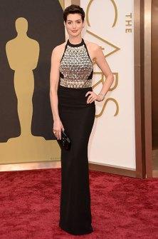 Las Peor Vestidas Oscar 2014 - Anne Hathaway