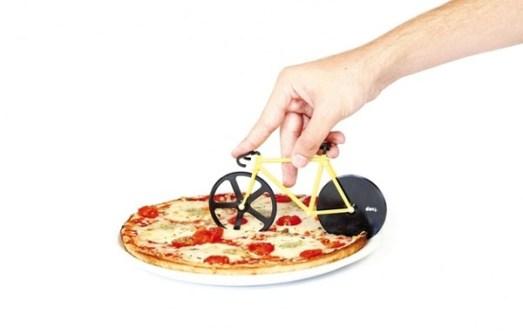 Utensilios de Cocina que harán que parezcas Guay - Corta Pizza en forma de bicicleta