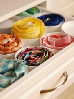Trucos para Organizar Fácil tus Cosas - Organizar tus pañuelos con tubos pequeños de PVC