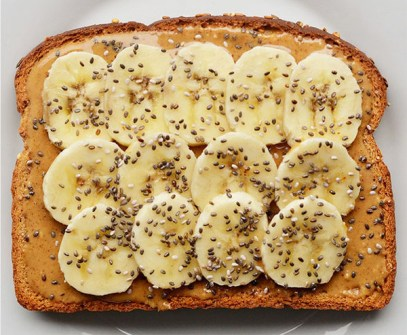 Plátano + Crema de Cacahuete +  Sésamo