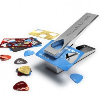 21 Gadgets Frikis que querrás para ti - Máquina púas guitarra