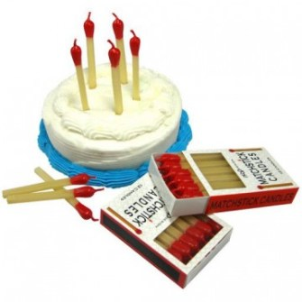 21 Gadgets Frikis que querrás para ti - Velas de cumpleaños cerillas